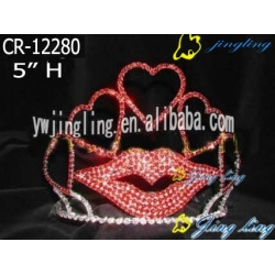 Pageant Crown red mouth shape
