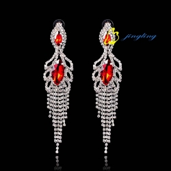 2015 Fashion Jewelry Dangle Earrings Rhinestone And Copper Materials Chandelier Earrings For Women