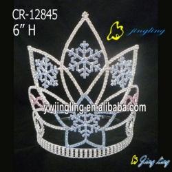 Holiday Crown  Christmas Snow shape