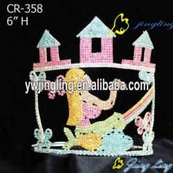 Youth Volunteers Crown cute girl princesse