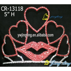 Holiday Pageant Crowns Mouth heart shape