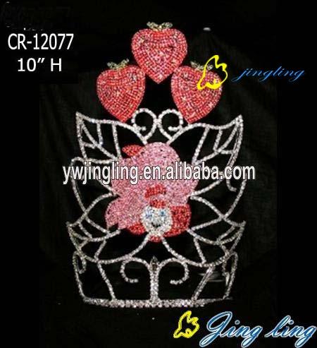 crown flower strawberry shape