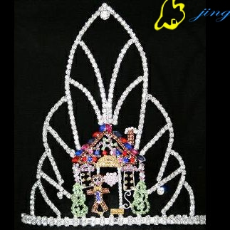 special kid's colored house holiday crown