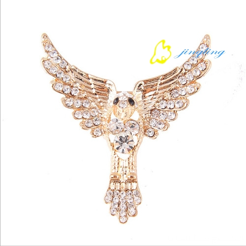 Fashion new eagle brooch
